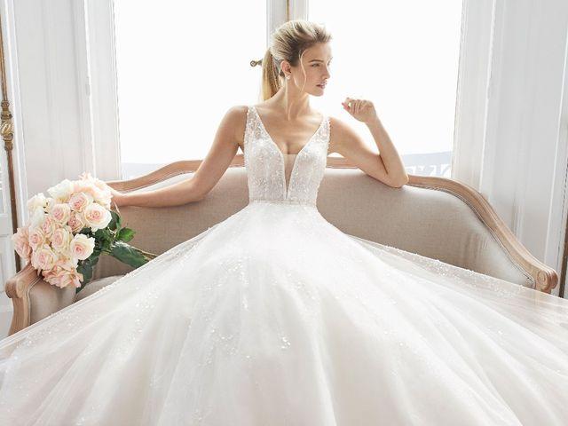 Vestidos de novia 2019 de Aire Barcelona: dos líneas para novias románticas
