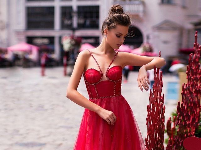 """Las """"diosas"""" de Ida Torez se lucen con sus vestidos de fiesta 2019"""