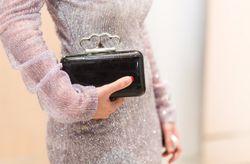 20 bolsos para invitadas: complementa tu look con estilo