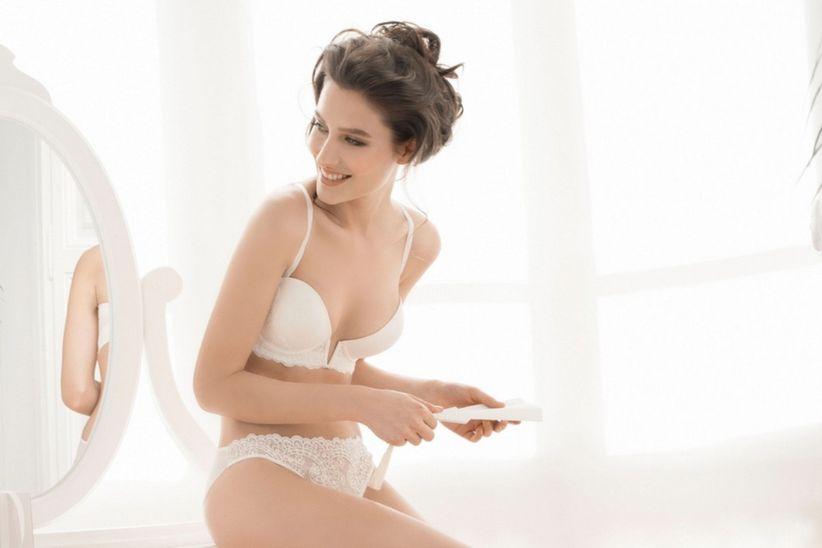 5cc02ba1c6 5 consejos para escoger la lencería de novia