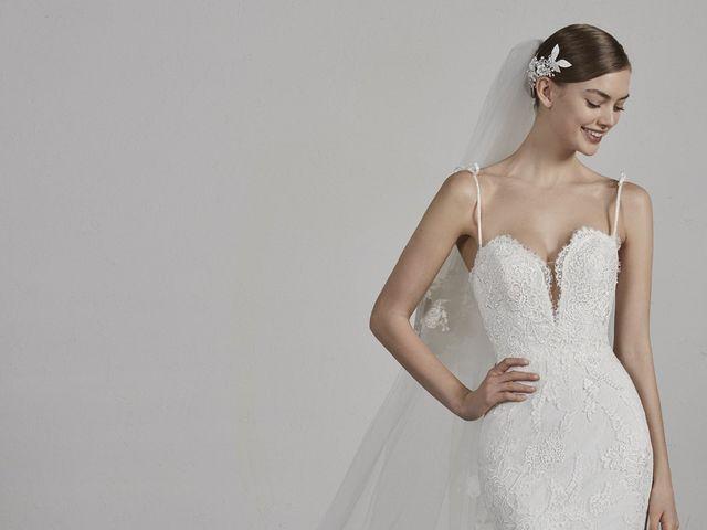 Descubre la colección 2019 de Pronovias: ¡Un diseño para cada estilo de novia!