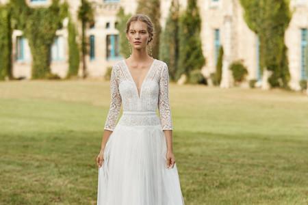 Descubre los vestidos de novia con aires bohemios de Alma Novia 2021