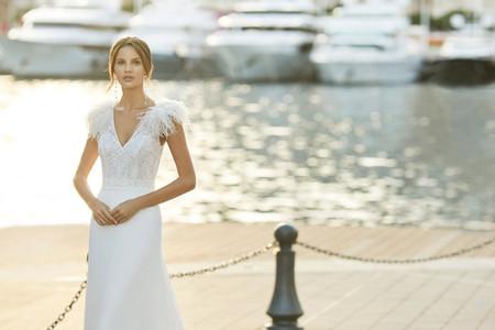 Descubre las nuevas colecciones de vestidos de novia de Aire Barcelona 2021