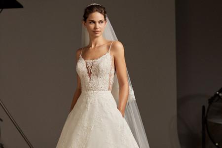 Vestidos de novia 2020 de Pronovias para mujeres de todos los estilos