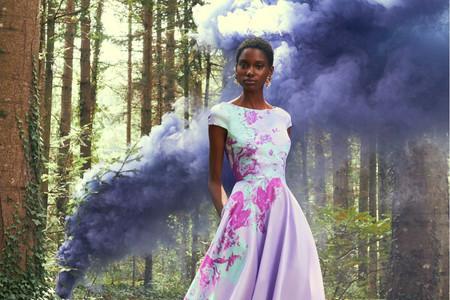 Vestidos de fiesta 2021: Pronovias presenta Wonderland y su universo de color