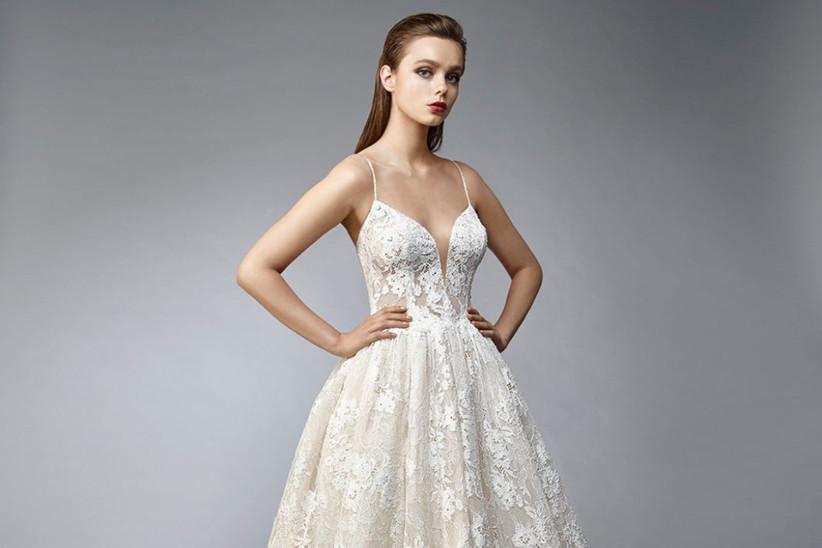 56904b259 Vestidos de novia 2019 de Enzoani  detalles que hacen la diferencia