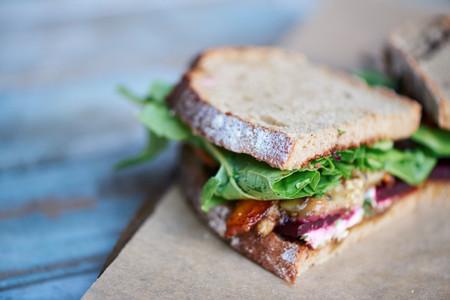 Sándwiches gourmet para el banquete de matrimonio