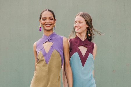 La colección de vestidos de fiesta 2021 de Cherubina es todo lo que necesitamos esta temporada
