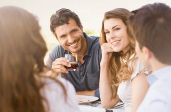 Cómo presentar a tus familiares y amigos a tu pareja
