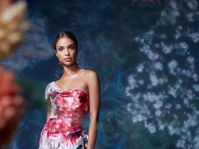 Vestidos de fiesta 2021 de Marchesa: ¡Una explosión de color con mucha elegancia!