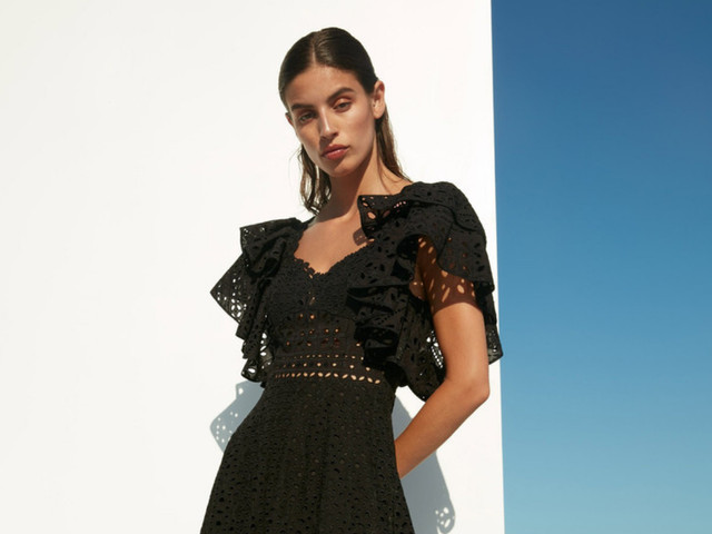 115 vestidos de fiesta negros: un clásico que sabes que no puede faltar en tu clóset