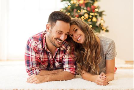 Propuestas para celebrar una noche de Navidad en pareja