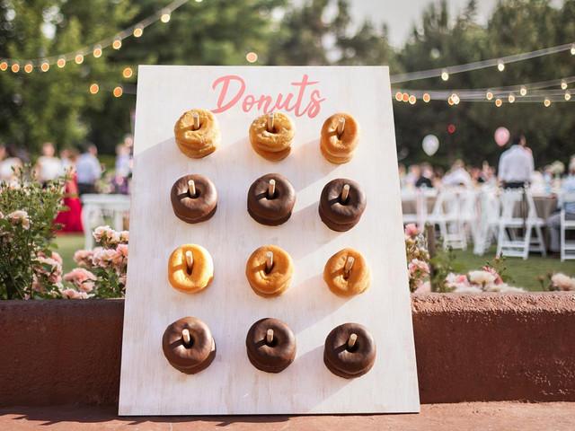 DIY: una tabla de Donuts para endulzar su banquete
