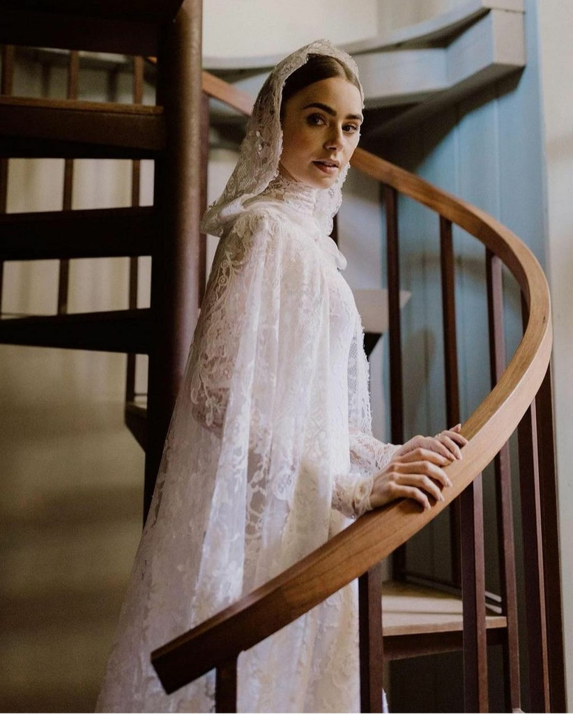 Lily Collins y su vestido de novia