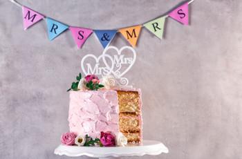 5 ideas de cake topper LGTBIQ+ para su matrimonio