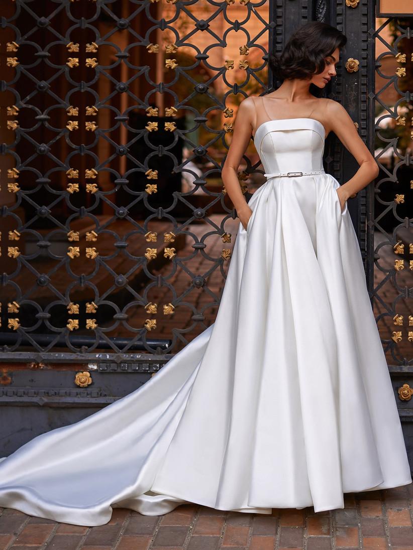 vestido de novia Daria Karlozi strapless