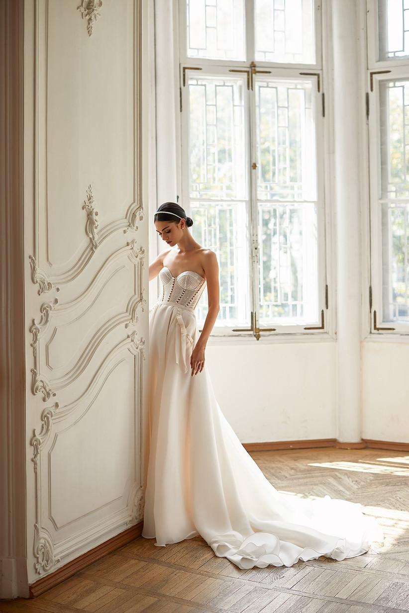 vestido de novia Daria Karlozi corsé