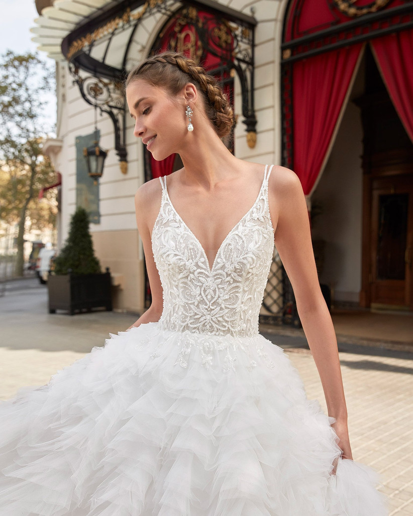peinado de novia con corona de trenzas
