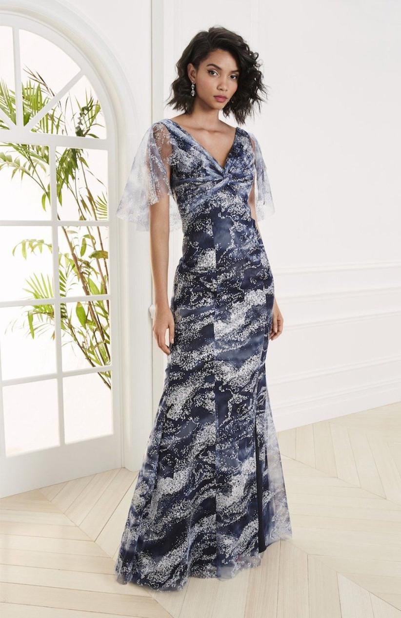 vestido de fiesta 2021 escote V de Marchesa