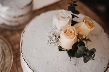 Tortas de matrimonio minimalistas: menos es más