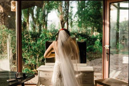 ¿Cómo preparar la habitación de la novia para las horas previas al casamiento?