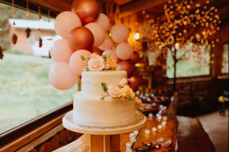 Tortas de matrimonio blancas: un clásico que nunca falla