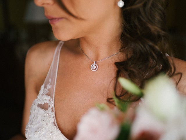 Consejos para elegir tus joyas para un matrimonio de día