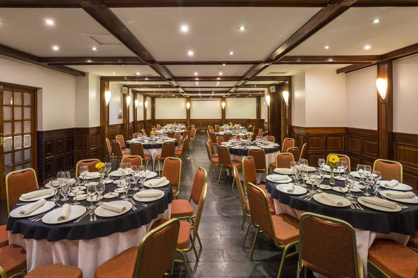 Best Western Marina del Rey - Decoración mesas salone interior