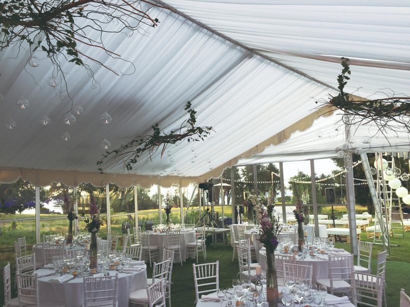 Hotel Marbella Resort - Salón con vistas exteriores a jardin