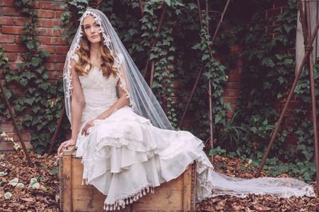 Cómo combinar un velo vintage con un vestido de novia nuevo