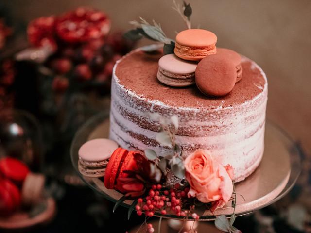100 años de tortas de matrimonio: ¡Una visión rápida y muy tentadora!