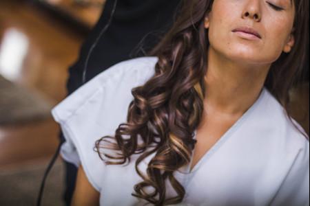 8 ideas de peinados para mujeres de pelo crespo