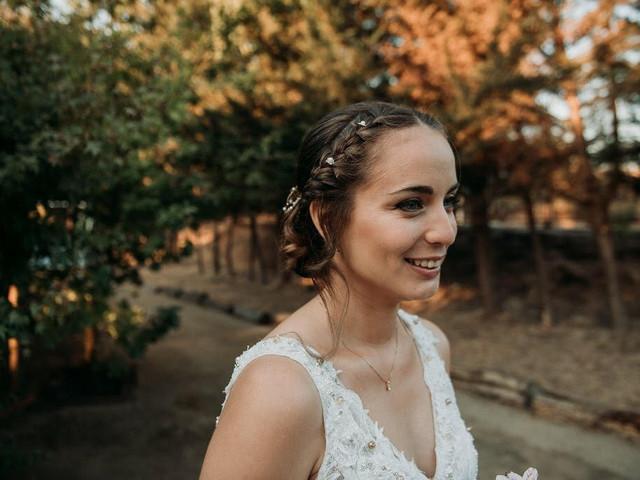 Peinados recogidos con trenzas para una belleza romántica