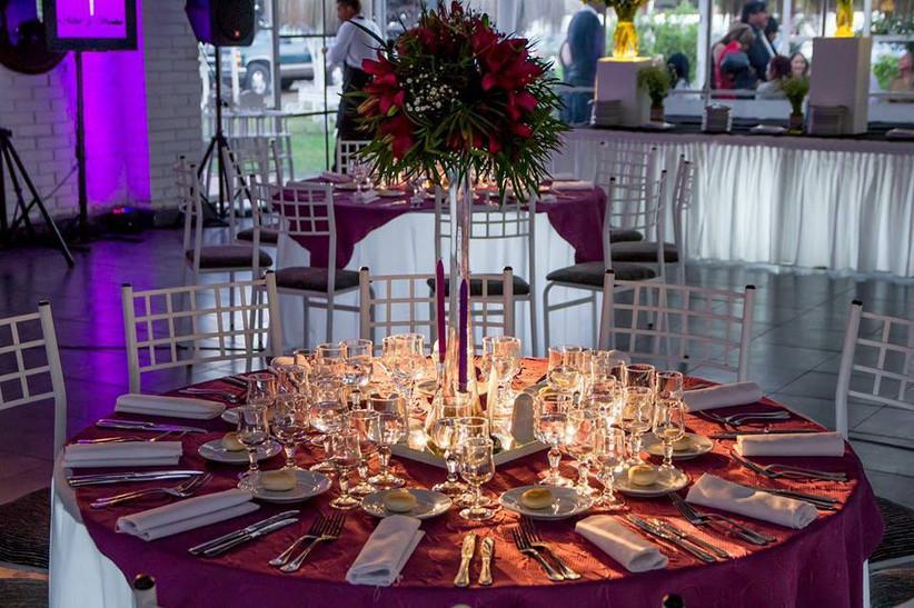 Casa Irene - Detalle mesa Salón