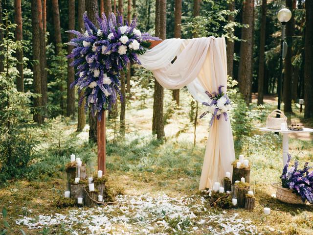 Cómo lograr que el azul sea el color protagonista del matrimonio