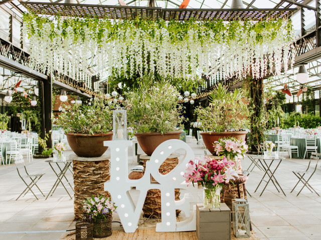 Flores como las grandes protagonistas del matrimonio