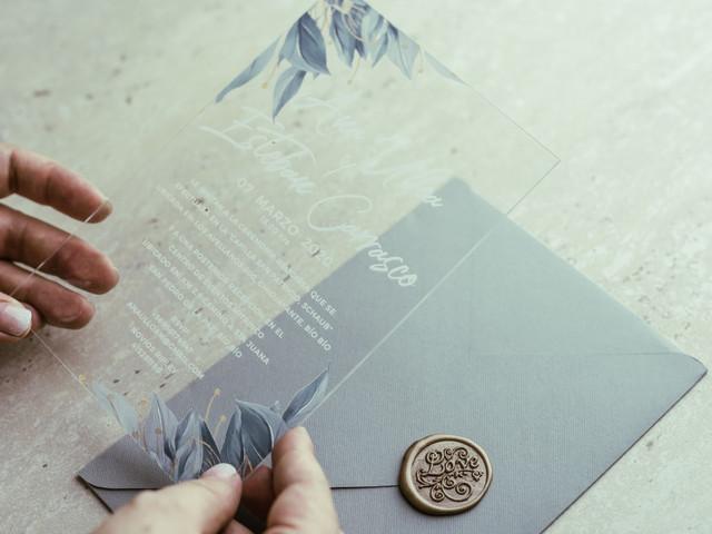 Invitaciones de matrimonio en metacrilato: lo último en partes