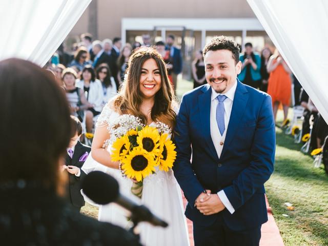 Celebren su matrimonio con girasoles como la flor principal
