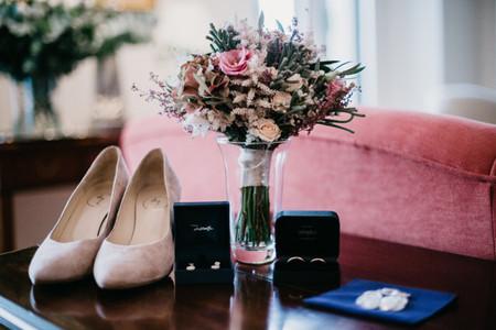 6 propuestas de zapatos de novia para matrimonios en invierno