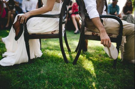 El juego del zapato: las 45 preguntas que más risas sacarán en su matrimonio