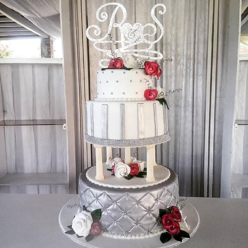 Torta de matrimonio de tres pisos