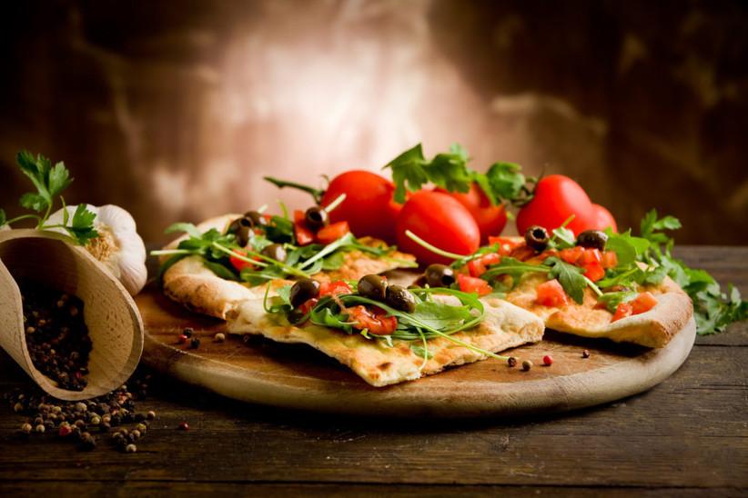 A Tenedor y Cuchillo - Pizza tradicional