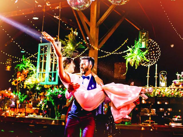 30 canciones ochenteras para incluir a su fiesta de matrimonio