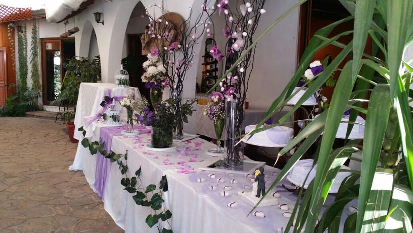 El Rancho de Huechuraba - detalles florales en exterior