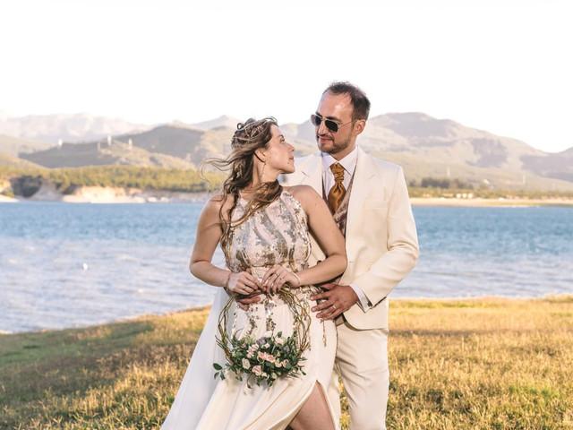 Ramos de novia: descubre los hoop bouquets