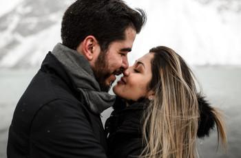 ¿Cómo vestir para una sesión de fotos de prematrimonio en invierno?