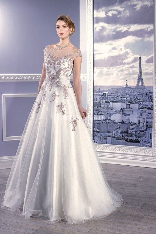 17308, Miss Paris
