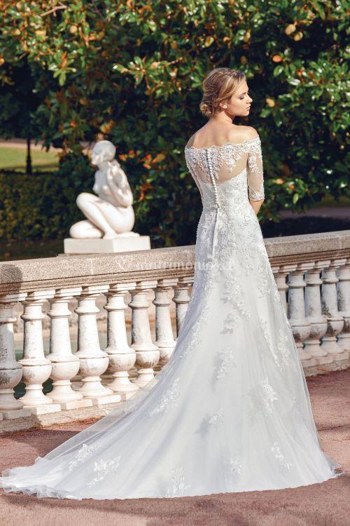 44127, Sincerity Bridal