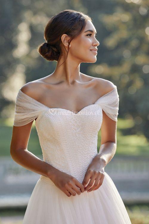 44134, Sincerity Bridal