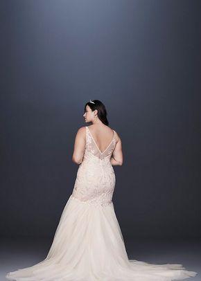 8CWG832, David's Bridal